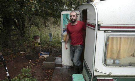 Przyczepa, w której Mark Boyle mieszkał przez ponad 2 lata
