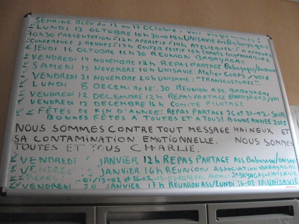 Lista wspólnych inicjatyw w Domu Bab-Jag. Jak widać, od czasu rozpoczęcia remontu pomieszczenia wspólnego mieszkanki praktycznie się nie spotykają.